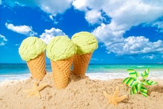 ice_cream_summer_sea_beach_sand_yummy_hd-wallpaper-1760073.jpg