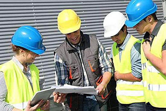 meeting_with_contractors_1.jpg
